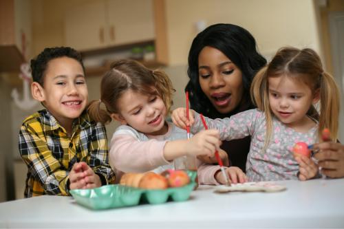 nanny babysitter jobs side hustle